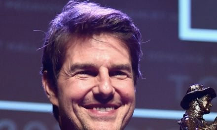 Tom Cruise wins an award, but who cares